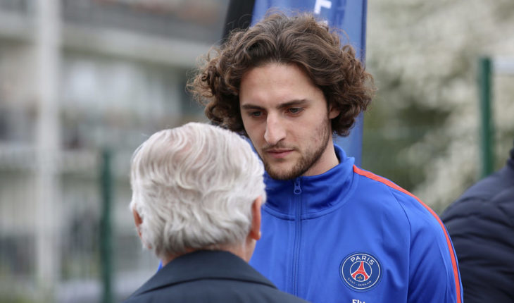 Manchester United join the hunt for PSG's Adrien Rabiot
