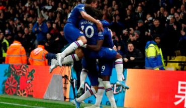 chelsea celebrate vs watford premier league