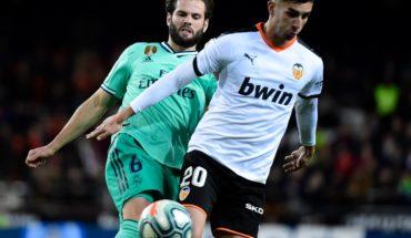 ferran torres barcelona transfer news