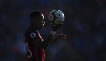 nathaniel clyne crystal palace transfer news