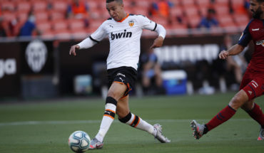 rodrigo leeds united transfer news
