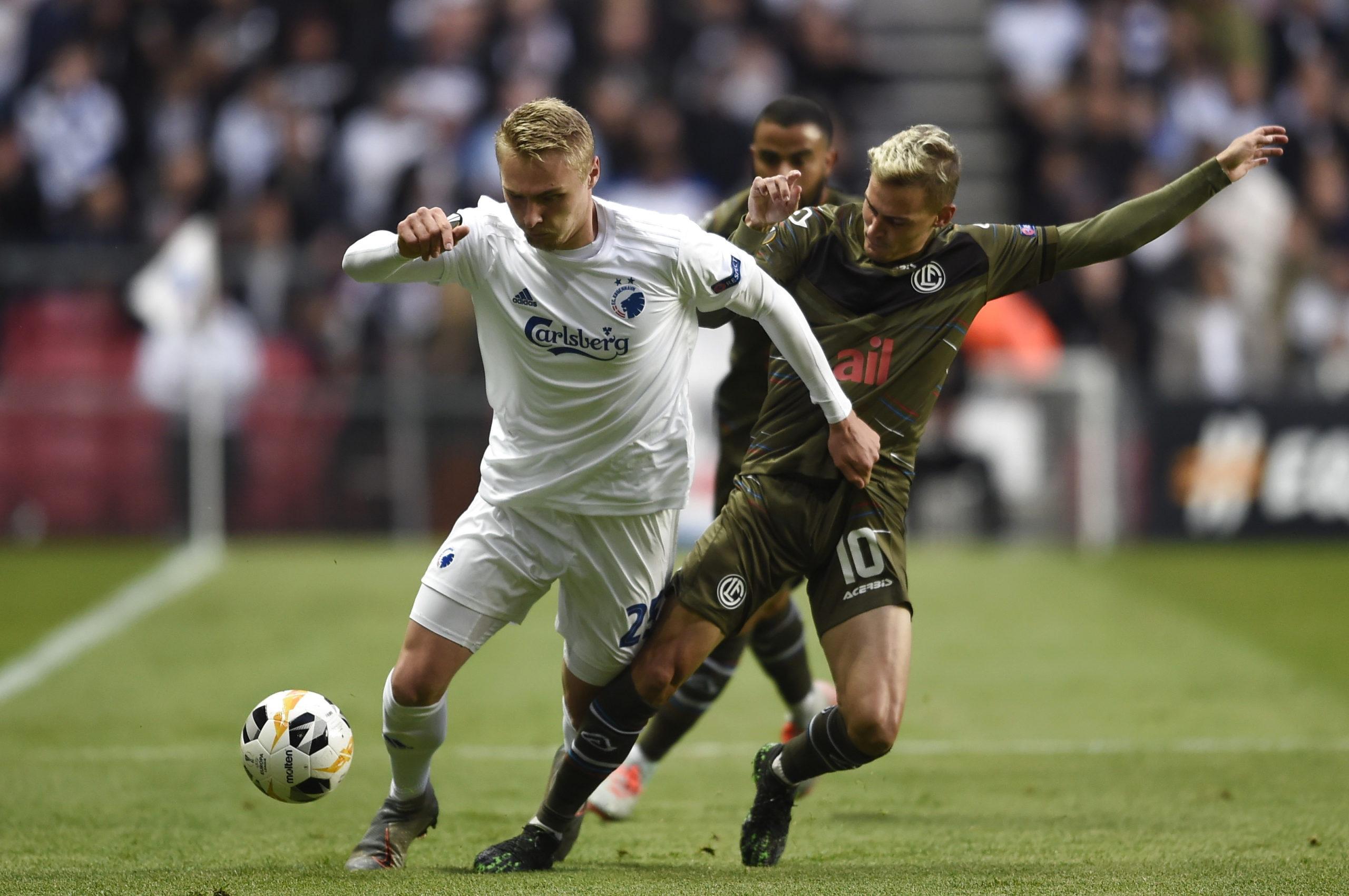 victor nelsson aston villa transfer news