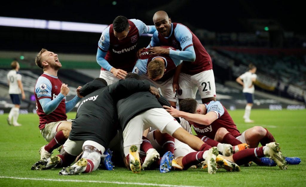 west ham united players celebrate vs tottenham